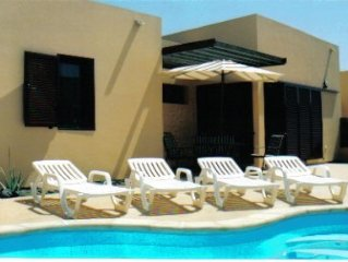 Beautiful villa with heated pool, large patio area and barbecue