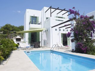 Special Offer -15% in May - Stunning Detached Villa With Private Pool & Sea View