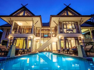 Award winning villa with large private infinity-edge pool & stunning sea-views