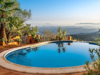 Gorgeous Very Peaceful Studio With Outstanding Views to Morocco, Garden, Pool