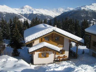 Luxurious, detached chalet next to the 4 Valleys ski area, with Hot Tub + Sauna