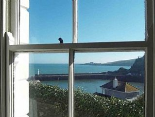 Cosy Cottage With Stunning Sea And Harbour Views In Mevagissey