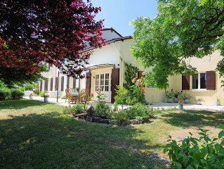 Beautiful house Private pool Peaceful country position/walks. 1km to village bar