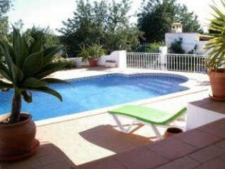 Luxury Air Conditioned Villa With Private Pool and Distant Sea Views