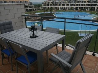 Costa Azahar, Apt with pool, tennis, paddle in private golf