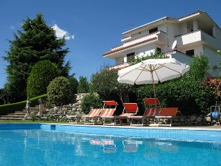 STUNNING VILLA IN ITALY NEAR BEACH-SLEEPS 12-INCREDIBLE VIEWS-FANTASTIC REVIEWS