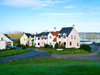 Beautiful modern house in stunning prestigious Cr