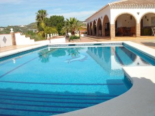 Casa Montesol Spacious Villa With Private Pool and Sea Views