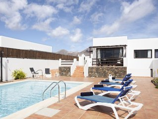 Lovely large 2 storey villa, with extra large pool and spacious feel throughout