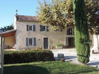 Chateaurenard: Mas provencal de charme avec piscine et parc