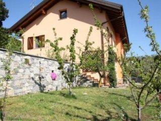 Casa dei Nelli (con giardino e immersa nel verde)