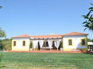 Moradia V3 em condominio rural com piscina e campo de tenis