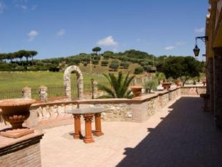 Villa Domus Santa Marinella con piscina e campi da tennis