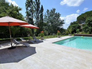 Near  SAINT EMILION AIR CONDITIONED Gite  with PRIVATE HEATED POOL