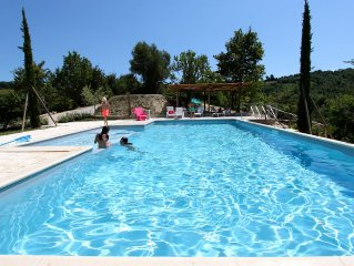 Countryhouse, with pool and garden, ideal for families, 15min from the beach