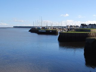 Harbour-Side Apt, 11 Miles To St Andrews, Golf, Coastal Walks, Views Over Firth