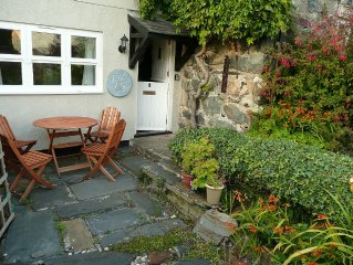Pretty cottage in village setting, within walking distance of the sea.