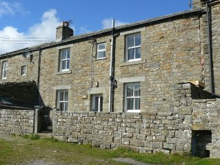 Spacious House With South-facing Views Overlooking Swaledale