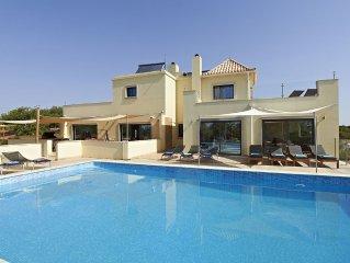 Luxury 9 Bedroom Villa with Pool Sleeps upto 20,