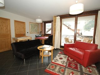Paradis 2 - Modern apartment in Chamonix centre, walkable to pistes