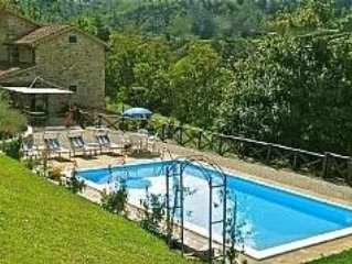 Restored Tuscan Farmhouse with Private Pool and terrace
