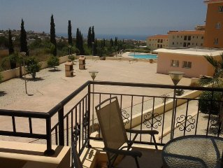1 Bedroom Apartment  plus sofa bed up to 3 adults. Communal Pool And Sea Views