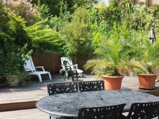 Appartement 90m2  grande terrasse dans Villa .Quartier priviligie de Chiberta