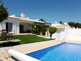 Lovely 3 bed villa with pool, within walking distance from town centre