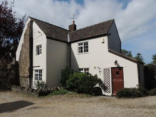 17th Century Cottage. Beautiful Original Features Combined With 5 Star Luxury