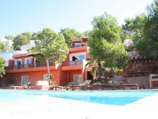 5 Bedrooms/7 bathrooms, Private Infinity Pool, Best Sea View, 15 min from Ibiza