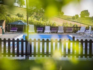 Large child friendly garden country accommodation With pool,warm Italian Welcome