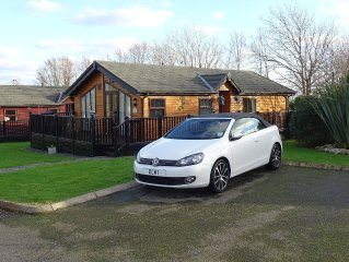 Timber Lodge With Extended Decked Areas, Swimming Pools, Gym and Clubhouse