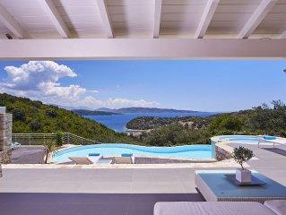 Elegant Luxurious Villa With Breathtaking Sea Views & Fabulous Infinity Pool