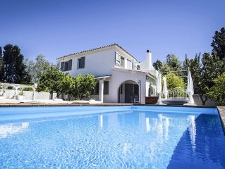 Luxury holiday villa with swimming pool and private beach just 100m away