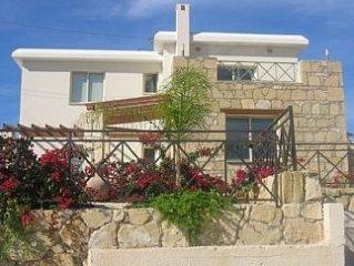 Contemporary Detached 3 Bedroom Villa & Private Pool in Kouklia Village