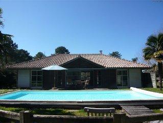 Villa 6 pers avec piscine dans résidence privée et sécurisée- golf et océan