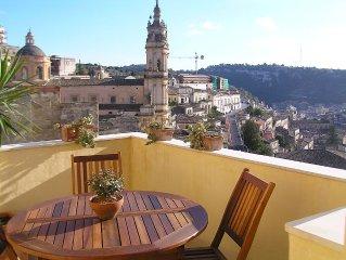 Deliziosa casa con terrazza con splendida vista su Modica