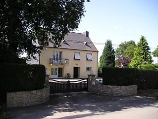 Large House in Private Gardens With free WiFi