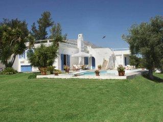 Eretria: Grande villa avec piscine pres de la mer