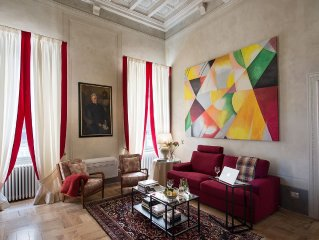 Gorgeous romantic 120 sqm  Apt in Pisa historical center FREE WIFI ,AIR CO