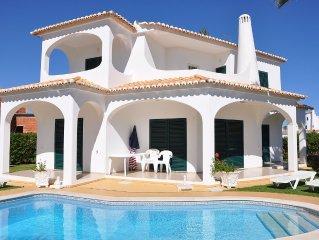 Premium family-friendly 3 bed 3 bath refurbished Villa, garden & Swimming pool