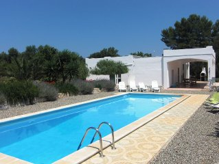 Large Villa With Private Pool, Near The Sea