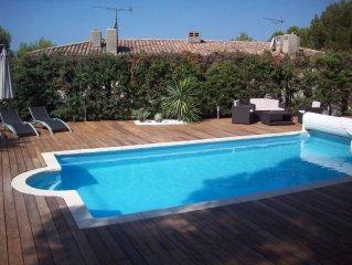 Villa  provencale renovee avec piscine dans le Domaine de Port D'alon