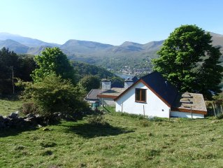 Holiday Cottage With Extensive Mntn And Lake View