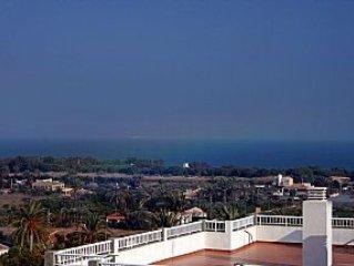 Apartment with Free Wifi in La Marina Village Costa Blanca South, Walk to Beach