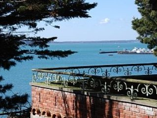 Spectacular Views From This Waterfront Location In Poole