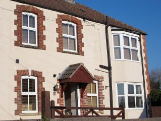 The Old Store 2 bed luxury holiday cottage, Mendips, Somerset. 13 miles to Bath
