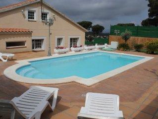 Casa para 14 personas con piscina privada. Cerca de playa Lloret de Mar y Blanes