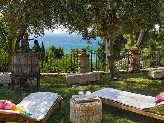 Villa Michela tra cielo e mare. Sulla costa tra Gaeta e Sperlonga sul mare