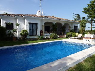 Stunning Bungalow Villa With a Large Private Pool and Gardens